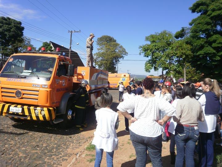 treinamento-bombeiros-escola-irenio-tibagi-pr