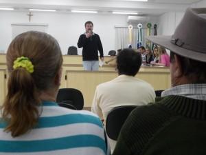 reserva-pr-luizinho-fala-no-encontro-da-habitacao-0914